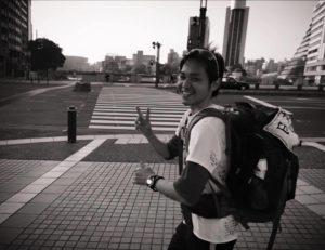 福岡市街地を走る。